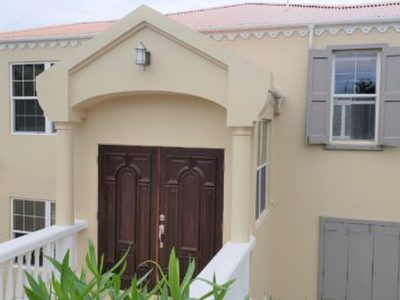 House, For sale, 740,000 USD, 3 bedrooms